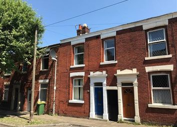 Thumbnail 3 bed property to rent in Dallas Street, Preston