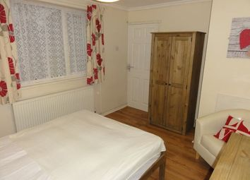 Thumbnail Room to rent in Dickens Close, Burton On Trent