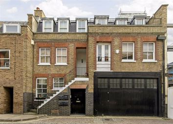 3 bed property to rent in Weymouth Mews, London W1G