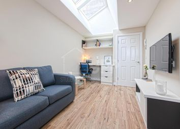 Thumbnail 1 bed flat to rent in East Parade, Leeds