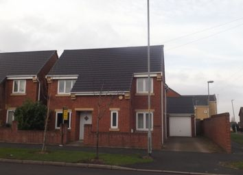Thumbnail 4 bed detached house to rent in Hattersley Road West, Hyde
