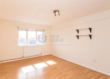 Thumbnail 3 bed flat to rent in Commercial Road, Whitechapel