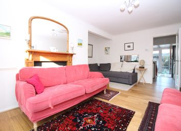 Thumbnail 4 bedroom town house for sale in Gwynns Walk, Hertford
