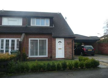 Thumbnail 2 bed town house to rent in Welland Croft, Bicester