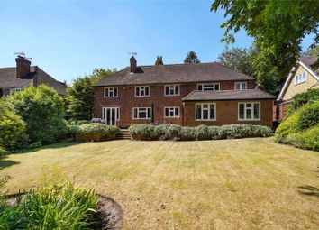 Thumbnail 5 bedroom detached house for sale in Southfield Place, Weybridge, Surrey