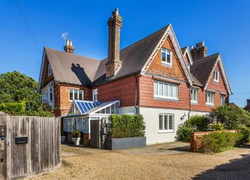 5 bed property for sale in The Common, Cranleigh GU6