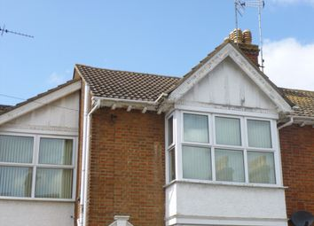 Thumbnail 1 bed flat to rent in Hartwell Crescent, Leighton Buzzard