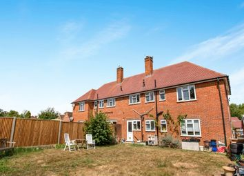 Thumbnail 2 bed flat to rent in Tillingbourne Road, Shalford, Guildford