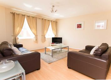 Thumbnail 2 bed flat to rent in High Street, Town Centre, Crawley