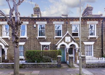 Thumbnail 2 bed property to rent in Kingsley Street, London