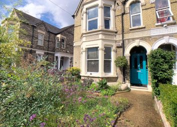 2 bed maisonette for sale in London Road, High Wycombe HP11