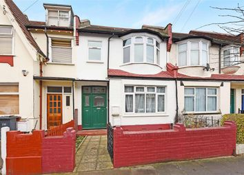 Thumbnail 4 bed flat to rent in Links Road, London