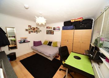 Thumbnail Studio to rent in Russell Road, Hendon