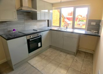 Thumbnail 2 bed flat to rent in Hastings Street, Luton