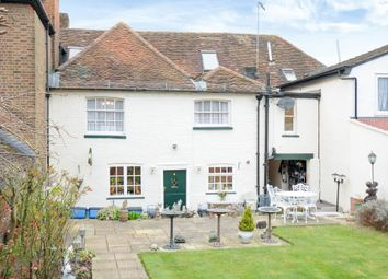 Thumbnail 5 bed cottage for sale in Borehamwood, Hertfordshire