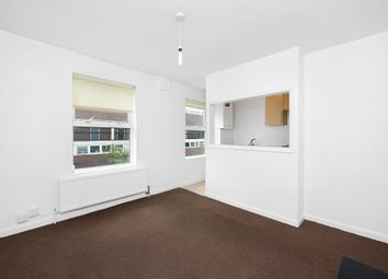 Thumbnail 1 bed flat to rent in Sussex Way, Archway, London