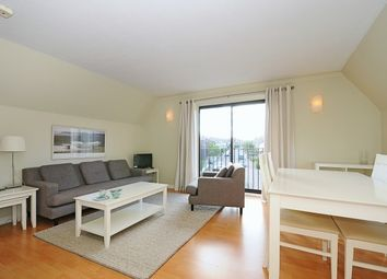 Thumbnail 2 bed flat to rent in Meadow View, Oxford