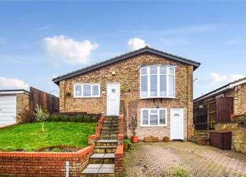 Meadow Bank Close, West Kingsdown, Sevenoaks, Kent TN15. 3 bed detached house for sale