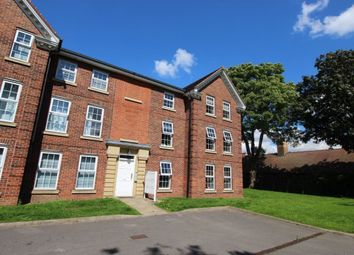 Thumbnail 2 bedroom flat to rent in Hessle Road, Hull