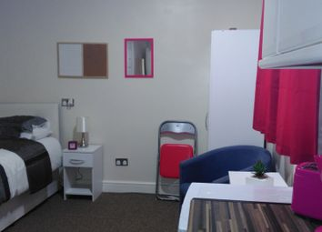 Thumbnail Studio to rent in Mawney Road, Romford