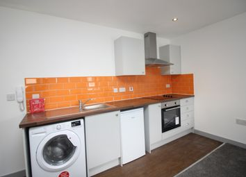 Thumbnail 1 bedroom flat to rent in Anlaby Road, Hull