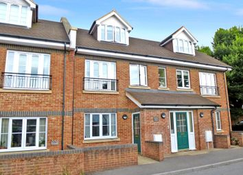 Thumbnail 2 bed flat to rent in Brunel House, Wey Hill, Haslemere, Surrey