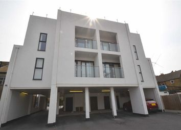 Thumbnail 2 bedroom flat to rent in 853 London Road, Westcliff-On-Sea, Essex