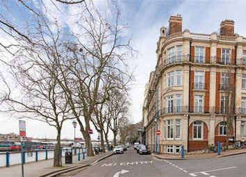 Thumbnail 2 bed flat to rent in Star And Garter Mansions, Lower Richmond Road, Putney