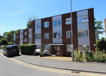 Thumbnail 3 bed flat to rent in The Shires, Old Bedford Road, Luton