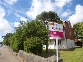 Thumbnail 1 bed flat to rent in Grove Road, Broadwater, Worthing