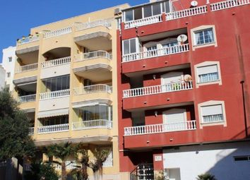 Thumbnail 2 bed apartment for sale in Alicante, Spain