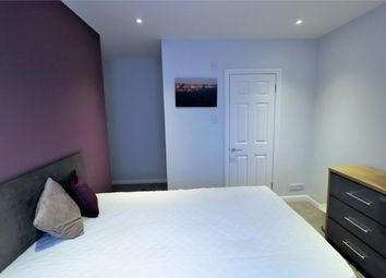 Thumbnail Room to rent in Vicarage Road, Watford, Hertfordshire