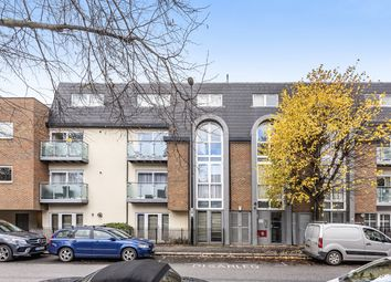 2 bed flat for sale in Trewsbury Road, London SE26