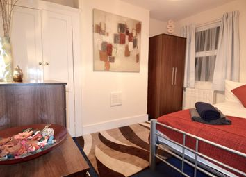 Thumbnail Room to rent in Woolwich Road, London