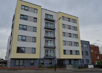 Thumbnail 1 bed flat to rent in Stoke Road, Slough, Berkshire.