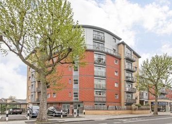 Thumbnail 1 bedroom flat for sale in Wandsworth Bridge Road, London