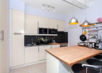 Thumbnail 3 bed flat to rent in Ramsden Road, London