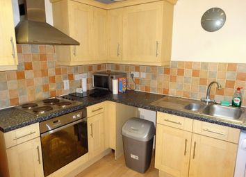 2 bed flat to rent in Hardies Point, Hawkins Road, Colchester CO2