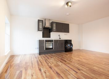 Thumbnail Studio to rent in The Broadway, Wood Green
