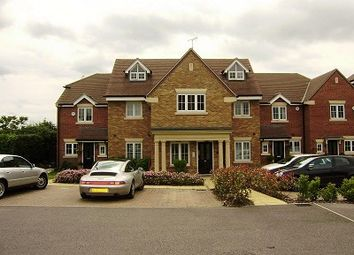 Thumbnail 1 bed flat to rent in Holmer Green, High Wycombe