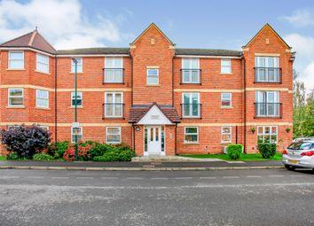 Thumbnail 2 bed flat for sale in Walton Road, Bushey