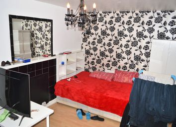 Thumbnail 3 bed flat to rent in Ernest Street, Stepney / Mile End
