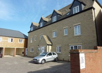 Thumbnail 2 bedroom flat for sale in Mir Crescent, Swindon