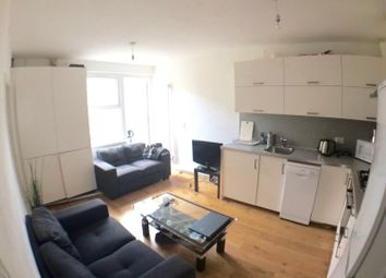 Thumbnail 4 bed town house to rent in Bethnal Green Road, London