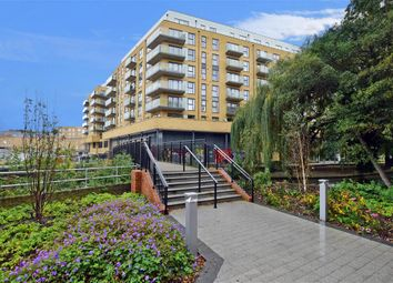 1 bed flat for sale in Oldfield Place, Dartford, Kent DA1