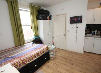 Thumbnail Studio to rent in Battle Street, Reading, Berkshire