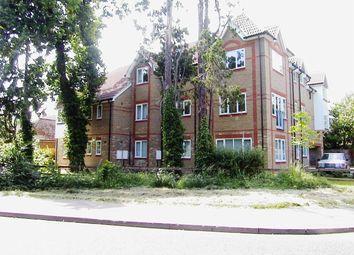 Thumbnail 2 bed flat to rent in Carlton Road, Woking