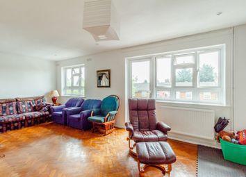 Thumbnail 3 bed flat for sale in Bushfield Crescent, Edgware, London
