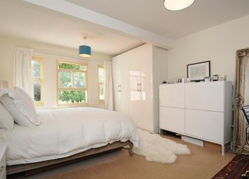 Thumbnail Flat to rent in Winchester Road, Highgate