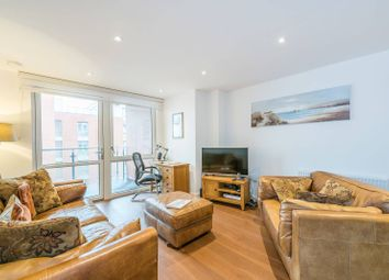 1 bed flat to rent in High Street, Brentford TW8